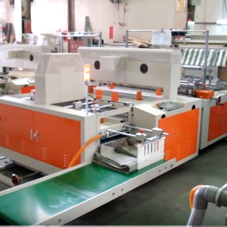 BAG FOLDING MACHINE